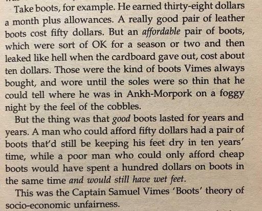 """Terry Pratchett """"Men at Arms"""" ve Sosyoekonomik Adaletsizlik"""